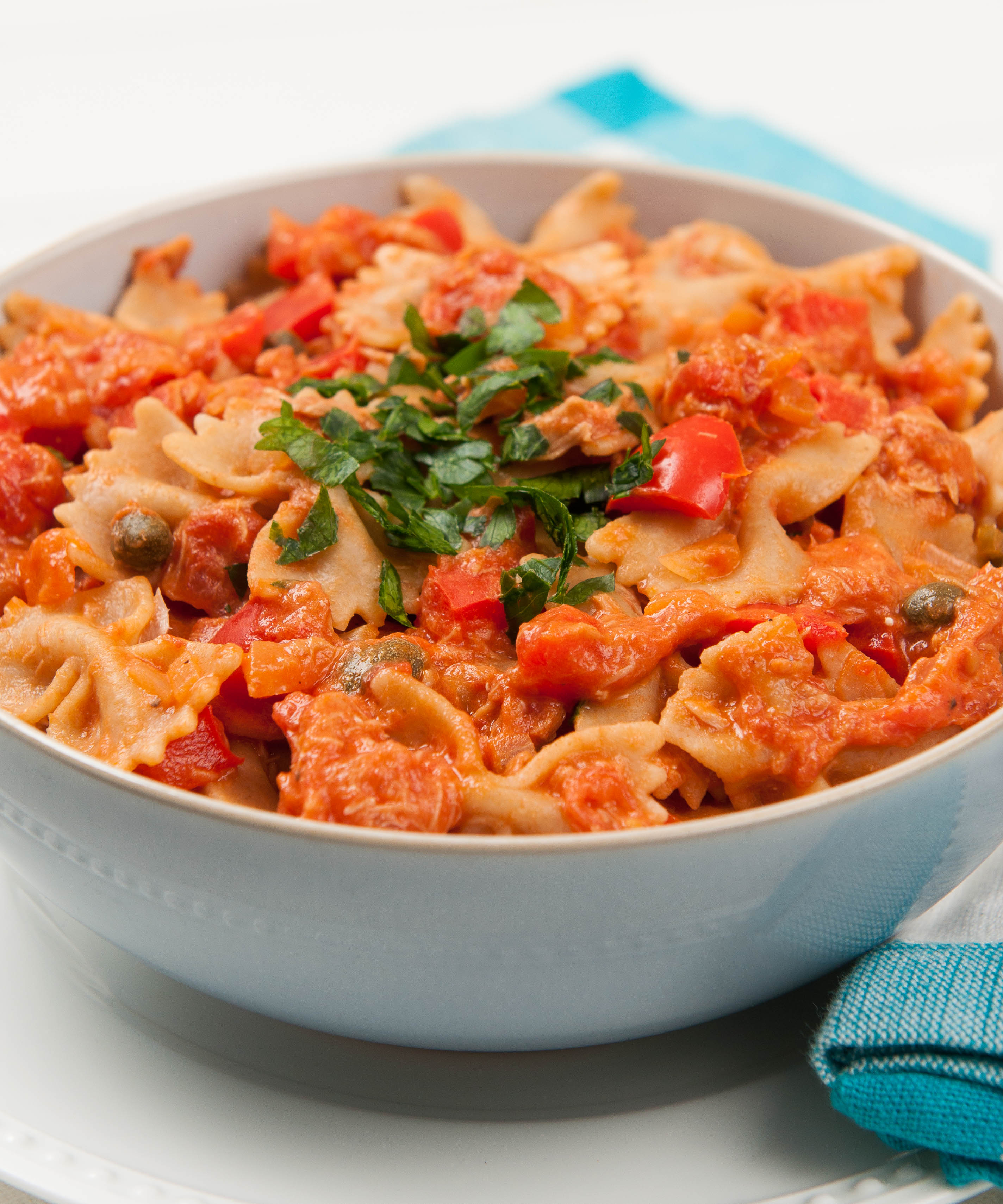 Farfalle with Creamy Tuna and Red Pepper Sauce